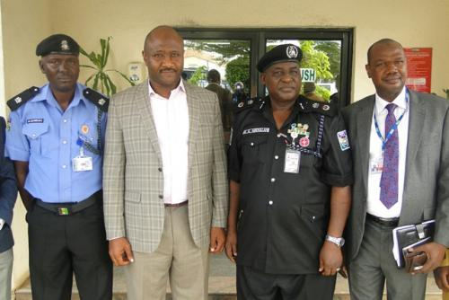 AIRPORT POLICE COMMAND VISITS NAHCOAVIANCE