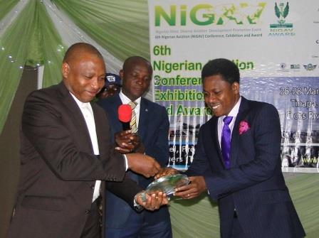 HEAD OF BUSINESS DEVELOPMENT AND MARKETING, RECEIVING THE NIGAV 2013 CARGO COMPANY AWARD
