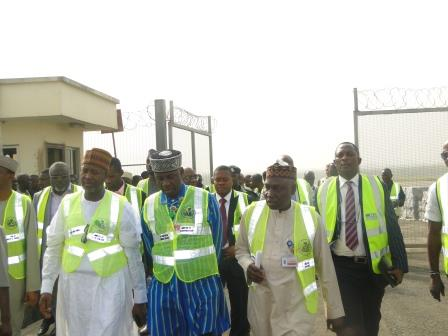 TRANSPORT MINISTER VISITS NAHCO WAREHOUSE